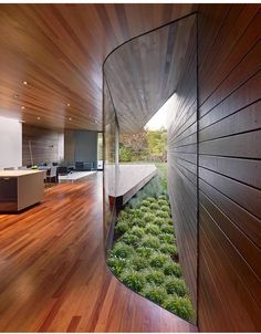 The Bal House is an existing mid-century ranch house in California's Menlo Park that was renovated and had a single-story addition added to it. A retired couple hired Terry & Terry Architecture to … Patio Interior, Home Interior Design, Architecture Photo, Residential Architecture, Mid Century Ranch, Ranch Remodel, Curved Glass, California Homes, Inspiration Wall