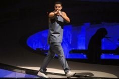 Concert review: Drake inspires old-time fans with new material at Dallas show | Dallas Morning News