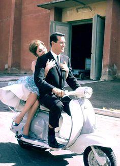 "hollywoodlady: ""Gina Lollobrigida and Rock Hudson in Come September, 1961 "" Old Hollywood Stars, Old Hollywood Glamour, Vintage Hollywood, Classic Hollywood, Westerns, Angela Jones, Most Popular Movies, Nostalgia, Gina Lollobrigida"