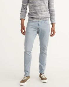 A&F Men's Slim Light Wash Jeans in Blue - Size 26 X 30