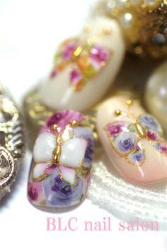 ぷっくりバタフライnailの画像 | 新潟市中央区万代ネイルサロン~BLC nail salon
