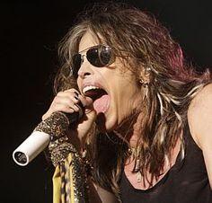 Aerosmith diz que novo álbum traz 'um pouco de 1975 de volta': http://www.estadao.com.br/noticias/arteelazer,aerosmith-diz-que-novo-album-traz-um-pouco-de-1975-de-volta,855026,0.htm