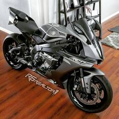 lN lln m +ñz . Yamaha Motorcycles, Yamaha Yzf R1, Cars And Motorcycles, Moto Bike, Motorcycle Bike, Custom Sport Bikes, Ride Out, Zx 10r, Super Bikes