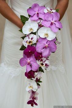 I➨ Entra y descubre los mejores ramos de flores para tu boda. Con estas ideas encontrarás el bouquet que mejor pega con tu estilo y tu vestido de novia.
