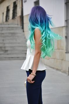 Blue Green Ombre Hair.