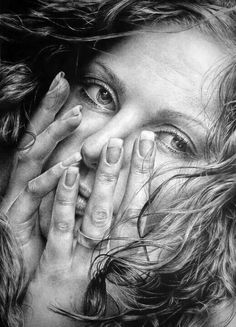 pencil art Hyperrealism art by artist: Asaria Marka, Russia {hyperreal female face portrait partially covered by hands graphite pencil drawing} Foto Portrait, Pencil Portrait, Portrait Art, Female Portrait, Realistic Pencil Drawings, Amazing Drawings, Charcoal Drawings, Amazing Artwork, Beautiful Drawings