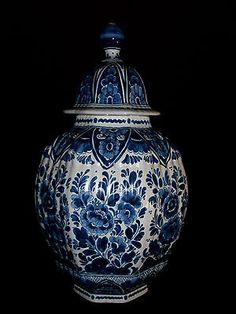 (Art: PP-35) Grosse Deckelvase Delfts Blauw