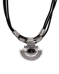 Maxi colar couro preto pingente prateado pedra preta Talih