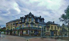 Cambremer, een alleraardigst dorp in Normandië, op de route du Cidre, waar Proust langs kwam met zijn chauffeur Agostinelli
