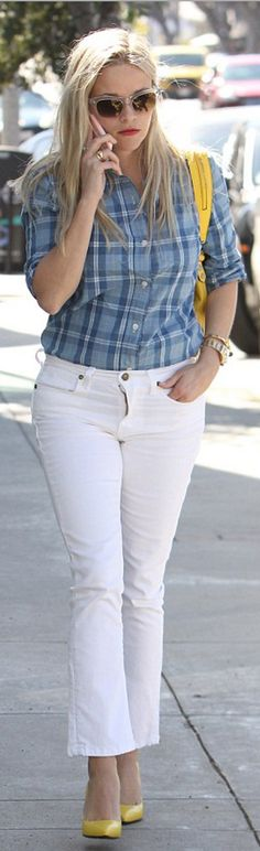 Who made  Reese Witherspoon's blue plaid shirt, yellow handbag, pumps, and white jeans?