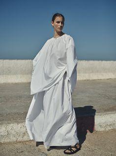 vogue-netherlands-editorial-destination-wedding-week-wardrobe-travel-wardrobe-13-desmitten - DeSmitten Design Blog