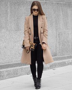 A Little Detail - Fall Fashion // Winter Fashion // Camel Wool Coat // Black Turtleneck // Black Skinny Jeans // Western Belt // Leopard Print Bag // Studded Ankle Boots // #camelcoat #leopardprint #clutch #womensfashion #winterfashion #fallfashion