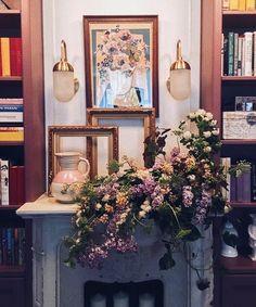 1,328 отметок «Нравится», 18 комментариев — Nadya Zotova (@nadyazotova) в Instagram: «У меня сиреневый вечер и сказочка про необычный проект в сториз ✨Скоро все поменяется, а пока зову…»