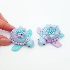 Pin by Sandy& :) on Clay Fimo Kawaii, Polymer Clay Kawaii, Polymer Clay Charms, Polymer Clay Art, Diy Fimo, Crea Fimo, Diy Clay, Polymer Clay Projects, Polymer Clay Creations