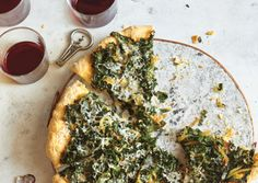 Kale-Caramelized-Onion-and-Parmesan-Pizza