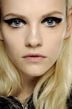 Vogue top winter make-up looks