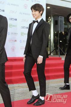 Kookie      BTS at 24th Seoul Music Awards [150122]    Red Carpet