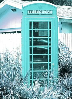 Probably photoshopped but still turquoise!