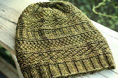 Dustland Hat by Stephen West Mens Hat Knitting Pattern, Free Knitting, Knitting Patterns, Hand Knitted Sweaters, Knitted Hats, Knitting Designs, Knitting Projects, Knit Hat For Men, Knit Crochet