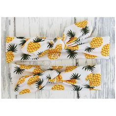 This listing is for one for one of our signature jersey cotton top knot headbands in our classic pineapple print (one of our top sellers)! Made from the softest cotton, these headbands are perfect for