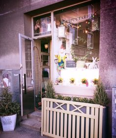 "I read about café Villipuutarha (""wild garden"" in English) in one of Mondo's recent issues, a Finnish travel magazine. In the article, Villipuutarha was praised for its ""l… Helsinki, Travel Magazines, Finland, Europe, Garden, Garten, Lawn And Garden, Gardens, Gardening"