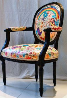 Creative custom chair reupholstering: Just use white, give your kids some fabric markers and let them go for it!   And: instead of chair, give them a few yards of white fabric to decorate  -  then make summer shorts & dresses out of the finished fabric!!!