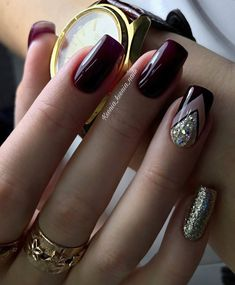 Nail art Christmas - the festive spirit on the nails. Over 70 creative ideas and tutorials - My Nails Dark Nails, Red Nails, Hair And Nails, Vernis Rose Gold, Nagellack Trends, Trendy Nail Art, Burgundy Nails, Manicure E Pedicure, Classy Nails