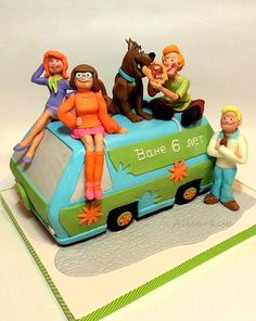the Scooby Doo cake