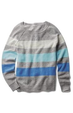 Hues of blue. Striped cashmere sweater.
