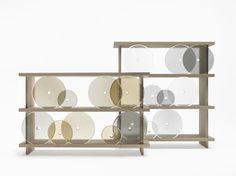 Rotating-glass shelf / 扉を「転がして」使うシェルフ for Lasvit