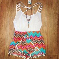 i want some pom pom shorts Cute Summer Outfits, Short Outfits, Trendy Outfits, Cute Outfits, Teen Fashion, Love Fashion, Fashion Outfits, Womens Fashion, Hipsters