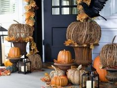 love the pumpkins, and the black birds.