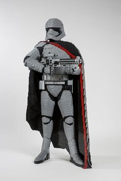 of the best custom LEGO Star Wars creations featured on The Brothers Brick Lego Star Wars, Legos, Big Lego, Lego Sculptures, Lego Boards, Amazing Lego Creations, Lego Robot, Lego Bionicle, Lego Design