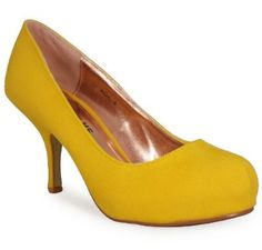 More yellow shoes ;)