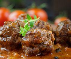 Piperatoi.gr: Σμυρνέικη συνταγή: Κεφτεδάκια με κύμινο…!