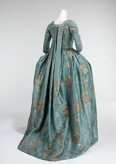 Robe à la Français (1760–70), made of silk and cotton