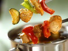Fondue ist ein Rezept mit frischen Zutaten aus der Kategorie Fleisch. Probieren Sie dieses und weitere Rezepte von EAT SMARTER!