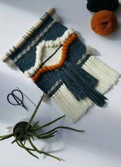 SOUTHWESTERN // Handmade woven wall hanging southwestern style