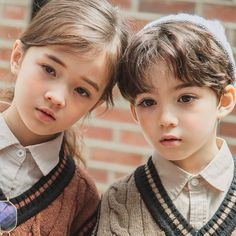 Cute Kids Pics, Young Cute Boys, Cute Baby Pictures, Girl Pictures, Cute Girls, Cute Asian Babies, Asian Kids, Cute Babies, Baby Boy Hairstyles