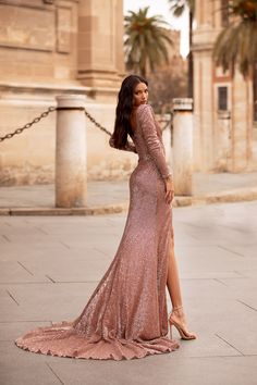 Rose Gold Gown, Rose Gold Sequin Dress, Modest Bridesmaid Dresses, Prom Dresses, Casual Dresses, Wedding Dresses, 19th Birthday Outfit, Glam Photoshoot, Mode Chic