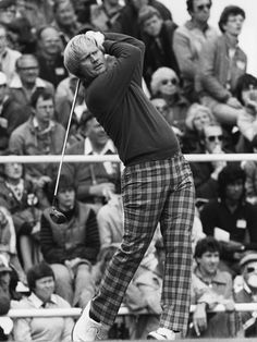 Jack Nicklaus 'Live those pants! Oh, and his swing is pretty cool as well! Golf Images, Golf Pictures, Sports Images, Famous Golfers, Golf Art, S Icon, Veronica Lake, Jack Nicklaus, Vintage Golf