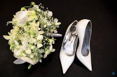 Casamento Nathália & Carlos #casamento #wedding #shoes #sapato #bouquet #buque #flores #flowers