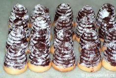 Nejlepší+nepečené+cukroví:+Vosí+hnízda+vyžadují+trik