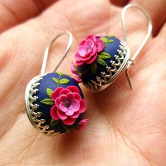 Related posts: Bijoux de bricolage en argent sterling indien idées, … Super diy jewelry indian native american Ideas, DIY: Wooden jewelry holder cactus make yourself 15 brilliant ways to save old jewelry you … Cute Jewelry, Diy Jewelry, Fashion Jewelry, Jewelry Making, Antique Jewellery Designs, Handmade Jewelry Designs, Polymer Clay Embroidery, Embroidery Art, Embroidery Designs