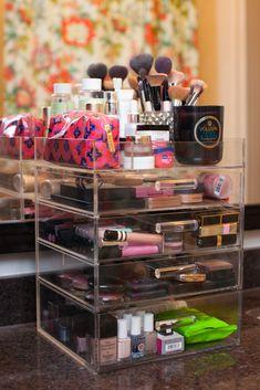 Makeup Organization//Chronicles of Frivolity