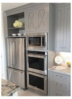 Cottage Kitchen Cabinets, Home Decor Kitchen, Diy Kitchen, Home Kitchens, Kitchen Counters, Gray Kitchen Walls, Cheap Kitchen, One Wall Kitchen, Cottage Kitchens
