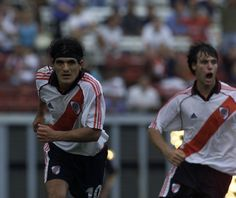 Burrito + Torito #River #Cracks