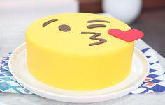 Thinglink Project~Emoji by Irene Pretty Cakes, Cute Cakes, Chocolates, Emoji Cake, Hazelnut Cake, Minnie Mouse Cake, Cupcake Cookies, Themed Cakes, Chocolate Recipes