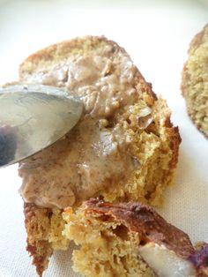 Voici une excellente recette pour le petit-déjeuner! La farine de Lupin est méconnue, elle est pourtant très riche en fibre, et à un IG de 15 ! Sa richesse en fait un atout anti-fringale pour ten...