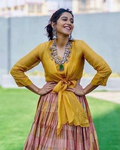 Indian Gowns Dresses, Indian Fashion Dresses, Indian Designer Outfits, India Fashion, Choli Designs, Lehenga Designs, Blouse Designs, Latest Traditional Dresses, Celebrity Casual Outfits